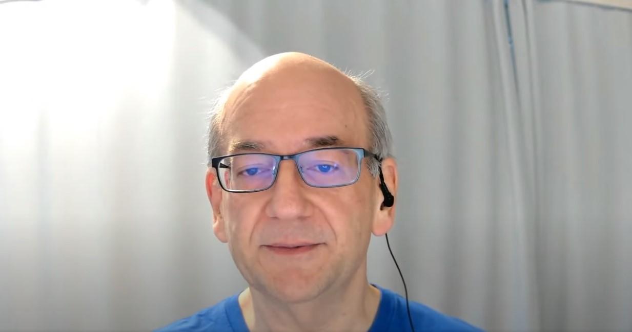 Джон Мюллер розповів, як Google обробляє сигнали hreflang, якщо вони є і в HTML, і в Sitemaps