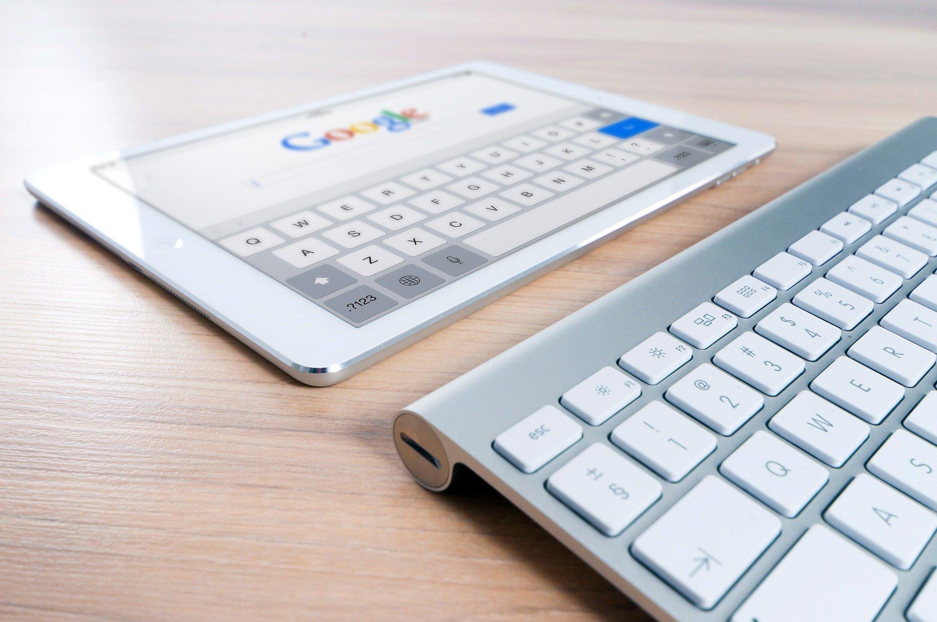 Google розпочав бета-тестування кнопки виклику додаткової інформації про заслання у видачі