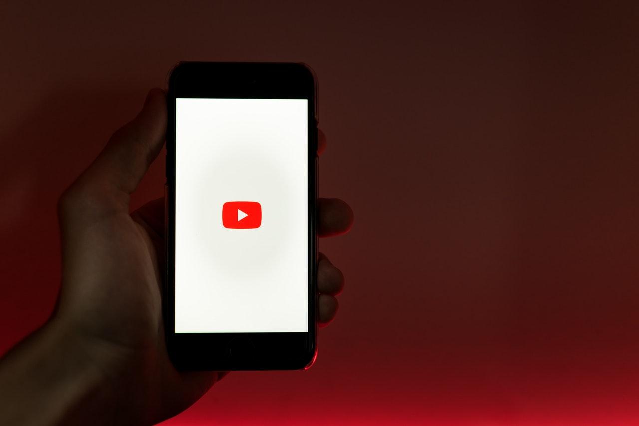 YouTube — видеоплатформа и плейсмент для рекламодателей. Эффективные креативы помогают брендам добиваться высоких результатов на видеоплатформе и в бизнесе